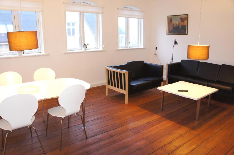 046, Kongensgade 6. 2. tv., Esbjerg