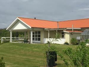 Haus Nr. 30044