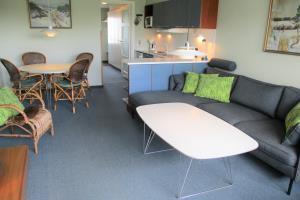 Apartment 208